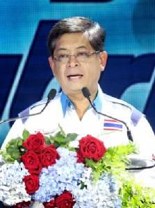 """เปิดอก """"เทวินทร์ วงศ์วานิช"""" ซีอีโอ ปตท. """"แยกธุรกิจน้ำมันสร้างความเท่าเทียม กระจายหุ้น PTTOR ให้คนไทยทั่วถึง"""""""