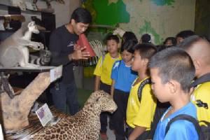สวนสัตว์เปิดเขาเขียวเปิดฟรีเด็กด้อยโอกาส ตามโครงการนำนักเรียนเข้าเรียนรู้ในสวนสัตว์