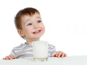 """ปวดใจ! การตลาด """"นมผง"""" ดักเหยื่อยัดความเชื่อ กิน """"นมแม่"""" แล้ว """"โง่-เตี้ย""""!?"""
