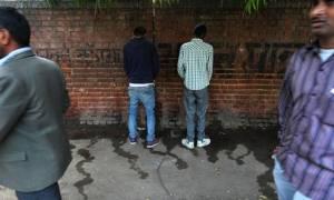 """กูเกิลแมปส์ เพิ่มการค้นหา """"ห้องน้ำสาธารณะ"""" ให้ชาวอินเดีย"""
