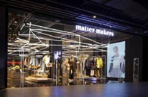 """matter makers"" เปิดแฟลกชิปสโตร์เอาใจเหล่าสตรีทแฟชั่นนิสต้า"