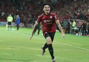 ส่องขุมกำลัง 5 ทีม แย่งแชมป์ไทยลีก 2017