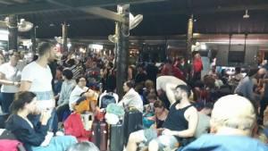 ใต้อัมพาต! เที่ยวบินสมุยผู้โดยสารค้าง นครศรีธรรมราชเครื่องลงไม่ได้ รถไฟไปถึงแค่ชุมพร