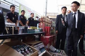 กรมศุลฯ โชว์ผลงานรับปีใหม่ จับสินค้าเลี่ยงภาษีจากจีน เสียหายกว่า 12 ล้าน