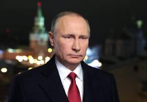 """รัสเซียโวย """"นิยายน้ำเน่า"""" ถูกหากุมข้อมูลลับทรัมป์ในมือไว้แบล็กเมล์ในอนาคต"""
