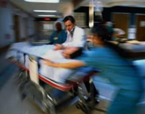"""กม.สถานพยาบาลฉบับใหม่ บังคับ """"รพ.เอกชน"""" รักษาผู้ป่วยฉุกเฉิน เล็งคลอดอัตราค่าใช้จ่าย"""