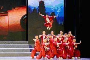 ชมฟรี! สุดยอดการแสดงจากมณฑลเหอหนาน ฉลองตรุษจีนปีระกา