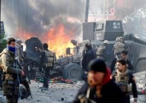 """กองกำลังอิรักบุก """"ที่มั่นสุดท้าย"""" ของไอเอสในโมซุลตะวันออก"""