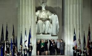 """InClips : """"ทรัมป์"""" ประกาศ สมานฉันท์ลบรอยแผลใจอเมริกา พิธีสาบานตนวันนี้ """"จอร์จ บุช-บิล คลินตัน-จิมมี คาร์เตอร์"""" สักขีพยาน มีตัวแทนไต้หวัน-ผู้นำตั้งถิ่นฐานยิวนั่งร่วมพิธี"""
