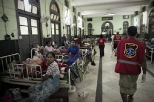 สุดสลด พ่อแม่ชาวพม่าป่วยหนักตัดสินใจจบชีวิตยกครอบครัว สุดท้ายตาย 1 เจ็บ 4