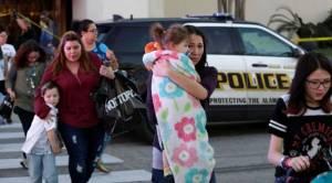 คนร้ายบุกปล้นร้านอัญมณีในห้างมะกัน ยิงคนตาย 1 ศพ บาดเจ็บ 7 ราย