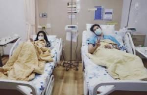 """คู่รักสุดแนว """"โย่ง-ก้อย"""" โหมงานหนัก เข้าโรงพยาบาลแพ็กคู่!!"""