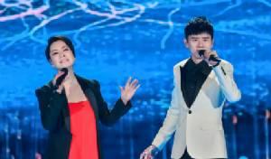 """""""ดอกไม้ไฟเบ่งบานทั่วหล้า"""" บทเพลงเรตติ้งสูงสุดในรายการพิเศษคืนตรุษจีน 2017"""