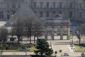 ทรัมป์ได้ทียกเหตุโจมตีที่พิพิธภัณฑ์ลูฟวร์ แก้ต่างนโยบายแบนมุสลิมเข้าสหรัฐฯ