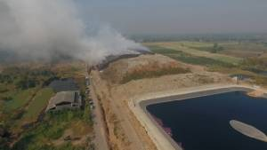 กว่า 19 ชม.ยังคุมเพลิงโหมไหม้กองขยะเทศบาลนครขอนแก่นไม่ได้(ชมคลิป)