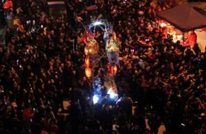"""เก็บตกบรรยากาศการฉลอง """"เทศกาลโคมไฟ"""" สว่างตระการตายามรัตติกาล"""