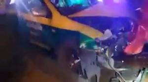 คล้องหลวงพ่ออะไรมา! แท็กซี่เมาแล้วขับชนแบริเออร์ รถพังยับแต่เจ็บเล็กน้อย