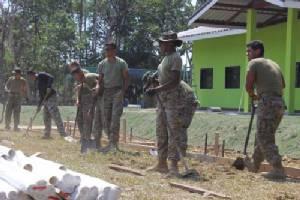 ทหารไทย อเมริกา และญี่ปุ่น ร่วมสร้างอาคารอเนกประสงค์มอบให้ชุมชน