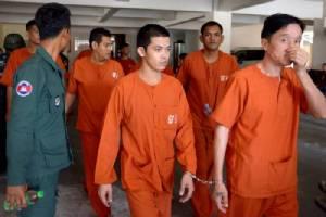 """หนุ่มคะนองโพสต์เฟซบุ๊กขู่ฆ่า """"ฮุนเซน"""" ศาลสั่งคุก 2 ปี"""