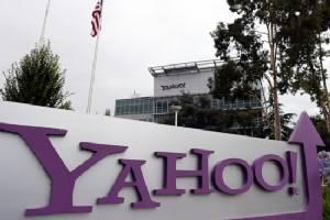Yahoo's handling of hack costs chief her bonus
