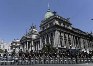 Argentina scolds Brazil over Falklands flights