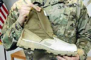 ทัพบกสหรัฐอวดรองเท้าคอมแบ็ทรุ่นใหม่ กลั่นจากประสบการณ์สงครามเวียดนาม