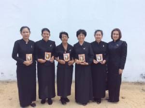 พสกนิกรทั่วสารทิศเดินทางมากราบสักการะพระบรมศพ ร.๙ ต่อเนื่องเป็นวันที่ 141
