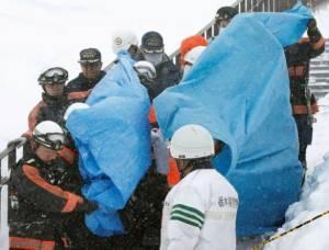 ทริปสยองนักเรียนญี่ปุ่นเจอหิมะถล่ม เสียชีวิต 8 ราย บาดเจ็บกว่า 30