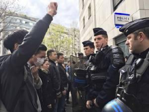 ประท้วงรุนแรงในปารีส แค้นตำรวจฝรั่งเศสยิงคนจีนเสียชีวิต-ทางการปักกิ่งยื่นประท้วง