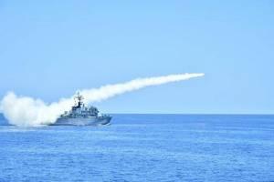 ภาพชุดสุดอลังฯ .. กองทัพเรือพม่าซ้อมรบใหญ่ยิงจรวดจีนสนั่นอันดามัน