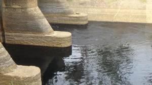 ชาวบ้านใน 2 อำเภอของ จ.อ่างทอง กำลังทุกข์หนักจากปัญหาน้ำกินน้ำใช้