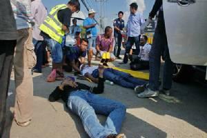 แปดริ้วเกิดอุบัติเหตุหมู่รายวัน ล่าสุด 12 ล้อชนกระบะเจ็บ 6