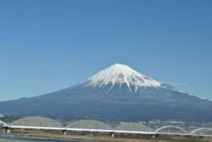 อยากเห็นภูเขาไฟฟูจิจากชินกันเซนต้องนั่งคันไหน นั่งตรงไหน เห็นตอนไหนรู้หรือเปล่า???