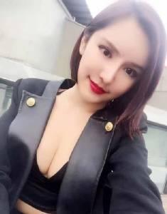 เน็ตไอดอลสาวชาวจีนศัลยกรรมนับไม่ถ้วนโพสต์แต่งรูปเรียกยอดวิวทำรายได้เกือบ 3 ล้านต่อเดือน