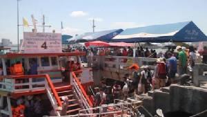ท่าเรือบาลีฮายคึกคัก นักท่องเที่ยวทะลักวันแรงงาน