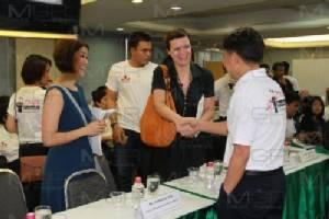 """เสวนา """"เสรีภาพสื่อกับอนาคตสังคมไทย"""" ค้าน กม.ตีทะเบียน หวั่นสังคมมืดบอด ปิดทางตรวจสอบอำนาจรัฐ"""