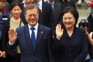 """ชาวเกาหลีใต้แห่เข้าคูหาเลือกตั้ง """"ปธน.คนใหม่"""" หลังคดีทุจริต """"พัค กึน-ฮเย"""" ก่อสุญญากาศการเมือง"""
