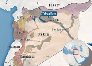 """นักรบซีเรียจู่โจมยึด """"ตับเกาะห์"""" พร้อม """"เขื่อนใหญ่ที่สุดในประเทศ"""" กลับคืนจาก IS"""