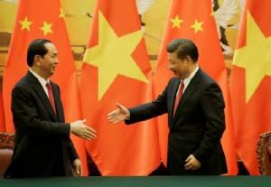 ผู้นำจีน-เวียดนามคุยทะเลจีนใต้ชื่นมื่น จับมือสำรวจทรัพยากรอ่าวตังเกี๋ย
