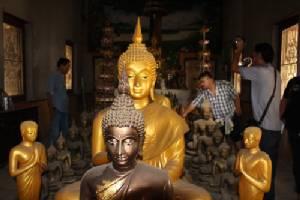 โจรใจบาปย่องขโมยพระพุทธรูปในโบสถ์เก่าวัดวังมะนาว สูญหายหลายองค์