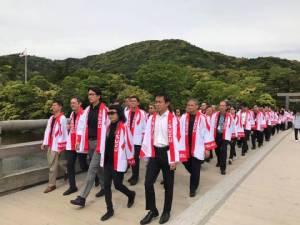 """อีซูซุ ฉลอง 60 ปี  พาตัวแทนจำหน่ายกว่า 200 ชีวิต ชมต้นกำเนิดแบรนด์ """"อีซูซุ"""""""