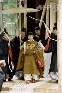 Emperor Akihito and Empress Michiko (2)