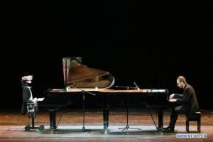 ยุคแห่งหุ่นยนต์ใกล้เข้ามาแล้ว! หุ่นยนต์นักเปียโนจัดคอนเสิร์ตที่เทียนจิน