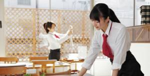 """เมื่อ """"สาวไทย"""" ต้องเป็น """"สาวเสิร์ฟ"""" ในญี่ปุ่น (2)"""