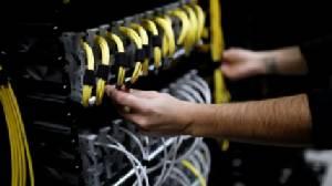 ข้อมูลอินเทอร์เน็ตเปลี่ยนทิศ พบเปลี่ยนไปอยู่บนเน็ตเวิร์กบริษัทเทคโนโลยีเพิ่มสูง