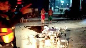 หนุ่มลำพูนซิ่งบิ๊กไบค์อีก 1 กิโลฯ ถึงบ้าน เสียหลักชนเสาไฟฟ้าดับคาที่