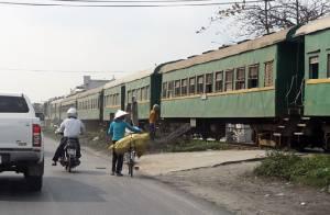 รถไฟบรรทุกสินค้าจีน-เวียดนามขบวนแรกเปิดหวูดฉึกฉัก ขนไปท่าเรือหายฝ่องส่งออก