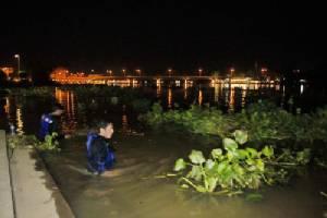 สลดชายพิการตัดสินใจเดินออกจาก รพ.ดิ่งแม่น้ำบางปะกง ลาโลก