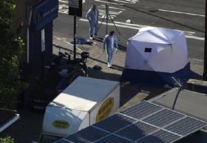 ก่อการร้ายขับรถตู้พุ่งชาวมุสลิมหน้ามัสยิดใหญ่กรุงลอนดอน ตาย 1 เจ็บ 10
