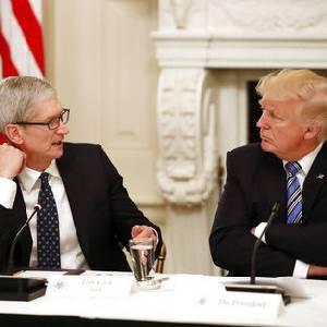 """คุยอะไรกัน? 18 ซีอีโอบริษัทไอที ประชุม """"ทรัมป์"""" ที่ทำเนียบขาว"""